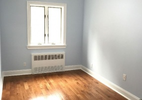 104 East 2nd Street,Brooklyn,Kings,New York,United States 11218,3 Bedrooms Bedrooms,1 BathroomBathrooms,Apartment,East 2nd Street,1081
