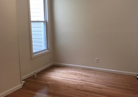 644 20th,Brooklyn,Kings,New York,United States 11218,3 Bedrooms Bedrooms,1 BathroomBathrooms,Apartment,20th ,1084