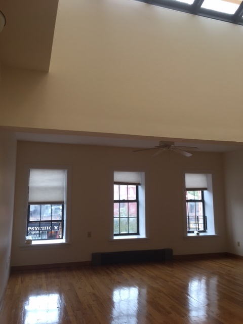 306 7th ave,brooklyn,kings,New York,United States 11215,2 Bedrooms Bedrooms,1 BathroomBathrooms,Apartment,7th ave,1085