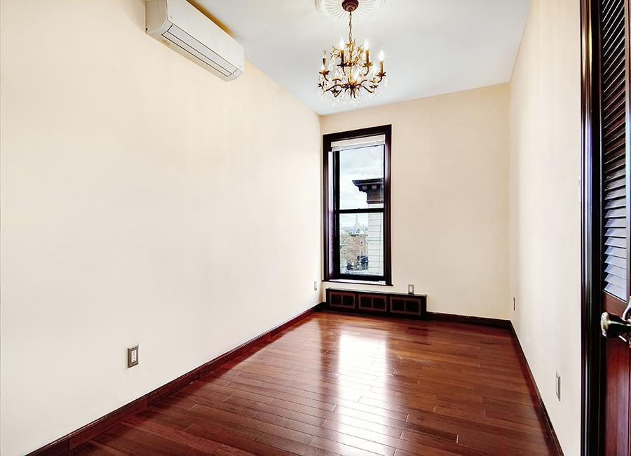 2 Windsor Place,Brooklyn,Kings,New York,United States 11215,3 Bedrooms Bedrooms,1 BathroomBathrooms,Apartment,Windsor Place,1087