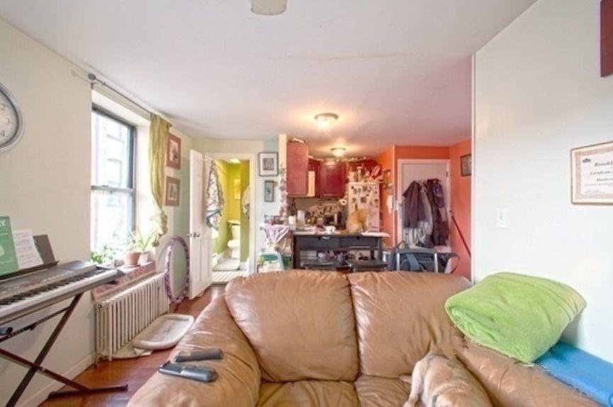 149 9TH STREET,Brooklyn,Kings,New York,United States 11215,House,9TH STREET,1099