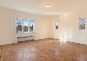 2 Bedrooms, Apartment, For Rent, bills place, 1 Bathrooms, Listing ID 1018, brooklyn, kings, New York, United States, 11218,