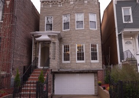 709 Greenwood Avenue,Brooklyn,Kings,New York,United States 11218,House,Greenwood Avenue,1067